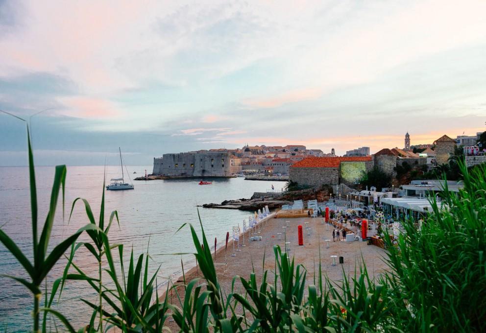 Daleč je morje, še dlje pa Dubrovnik
